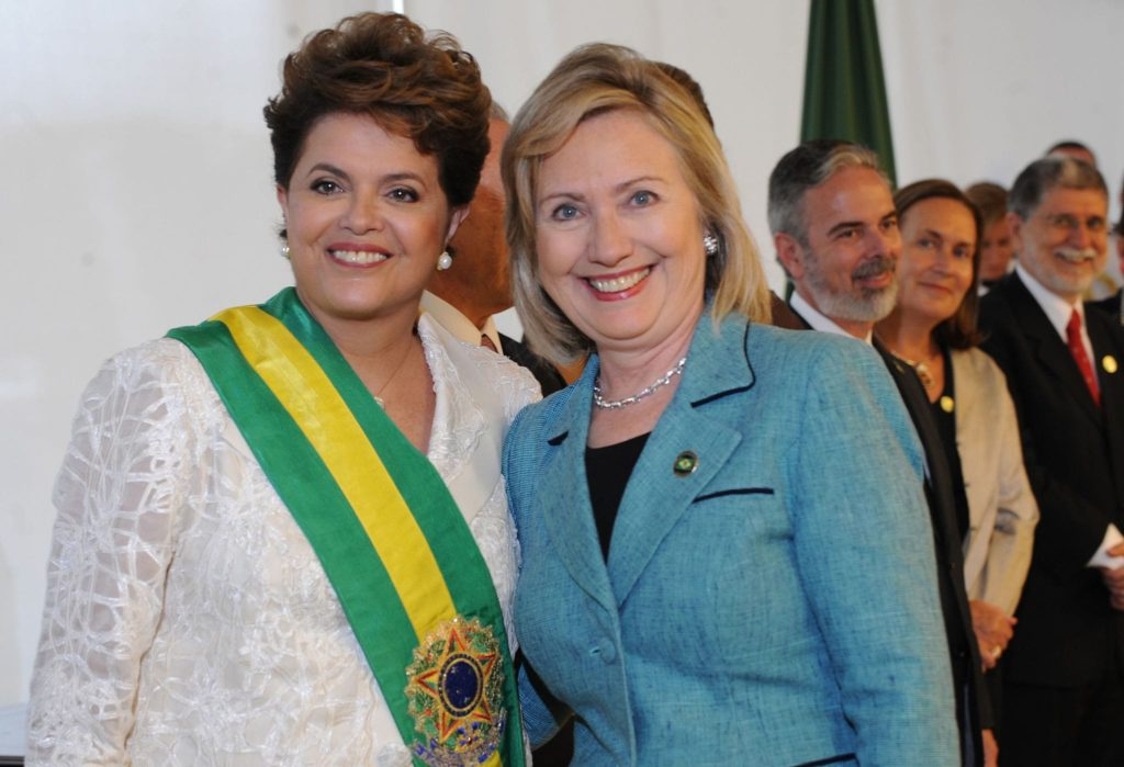 dilma_rousseff_and_hillary_clinton_2010-3
